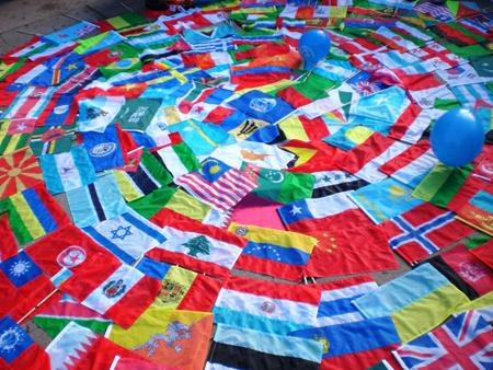 http://www.doublet.es/media/upload/image/banderas-del-mundo.jpg